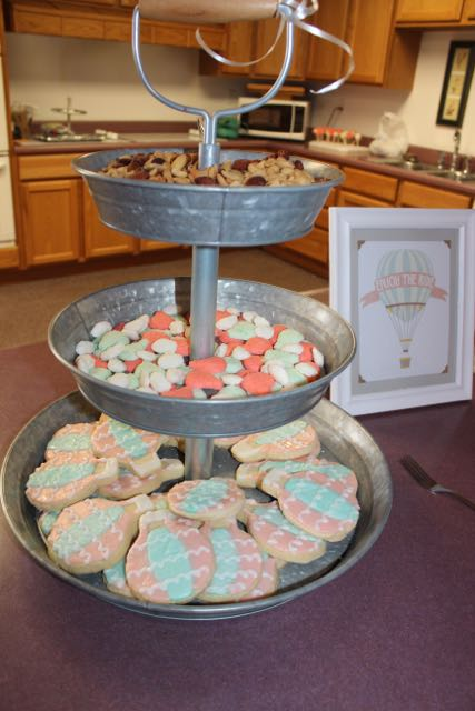 The mints and cookie display. So yummy!